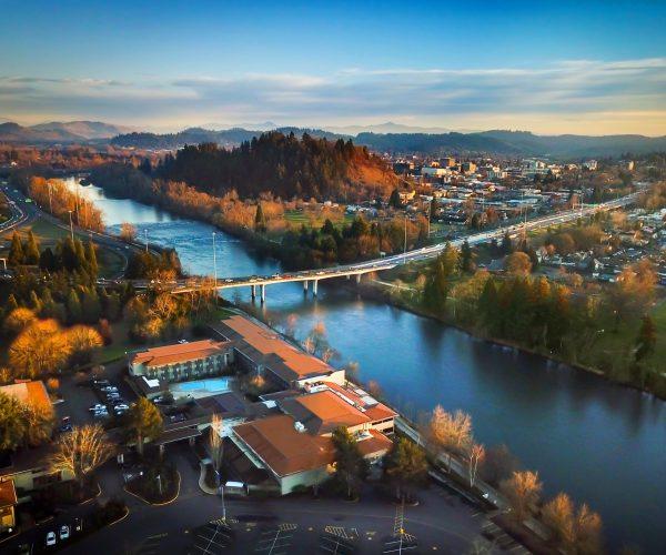 Valley River Inn – Eugene